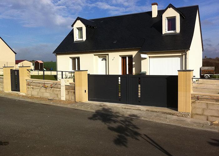 installation de portails en alu et en pvc vers tours en indre et loire. Black Bedroom Furniture Sets. Home Design Ideas